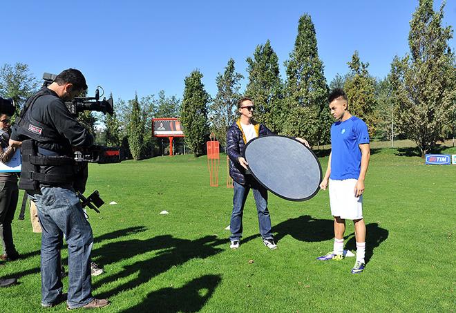 Centro di allenamento Milan, Milanello (Va) - Stephan El Shaarawy sul set per la campagna AIRC - Un Gol per la Ricerca 2013 (produzione SportWide Group).