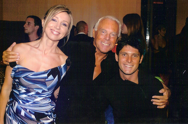 Festa a Casa Armani: Barbara Ricci e Aldo Montano insieme a Re Giorgio.