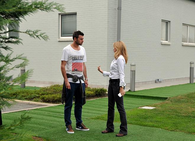 Andrea Barzagli con Barbara Ricci (presidente SportWide Group) al Centro di Allenamento Juventus di Vinovo (To) ottobre 2012