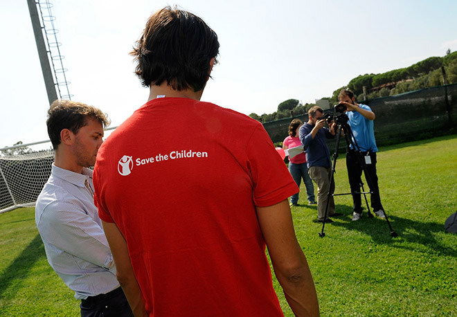Save the Children - Vincenzo Montella 2012
